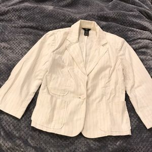 EUC Mossimo white and black pinstripe blazer Sz M
